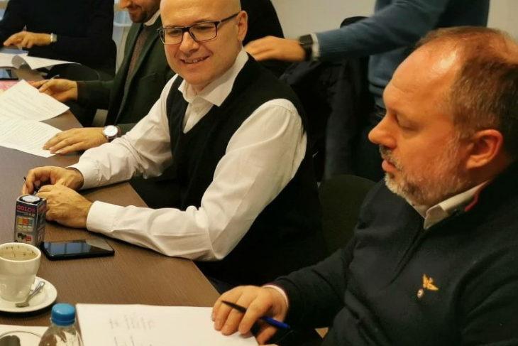 Милан Ђукић потписао је са  градоначелником Новог Сада Милошем Вучевићем коалициони споразум за  градску изборну листу