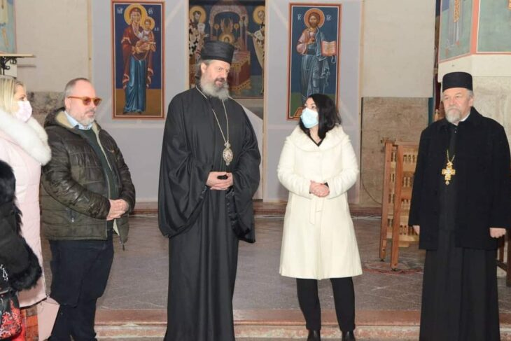 Председница Скупштине града и Милан Ђукић председник Градског одбора СПО посетили манастир Ковиљ.
